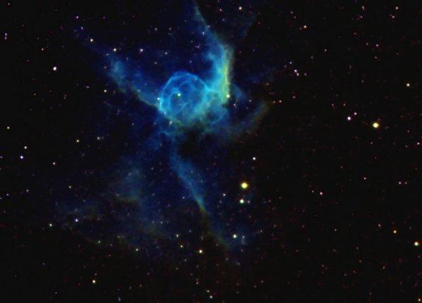 Essai sur le Casque de Thor (NGC 2359)