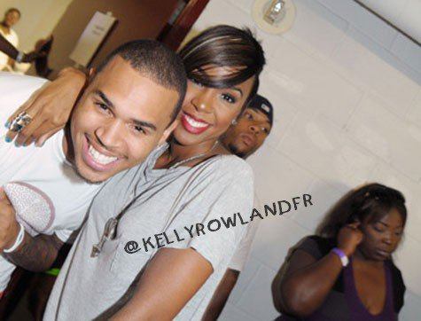 "Chris Brown "" Beautiful People "" fait un sourire a Kelly Rowland"