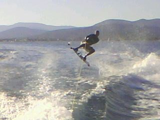 me En Wakeboard with my board ^^