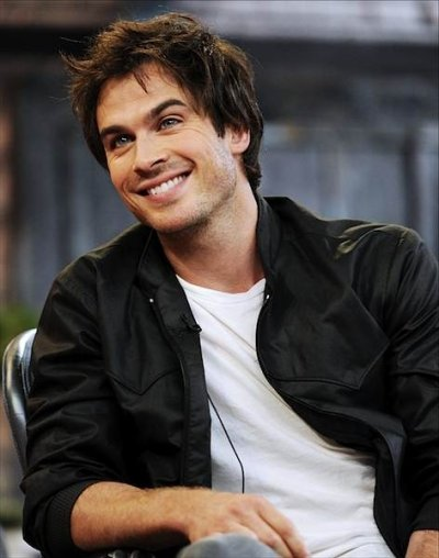 Ethan Smith ( Ian Somerhalder )