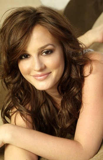 Caroline Johnson ( Leighton Meester )