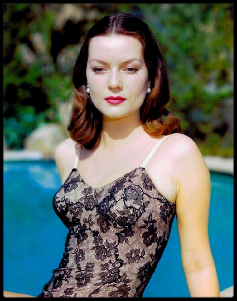 Hazel BROOKS