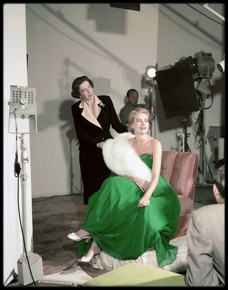 (1954) Grace KELLY by Gene LESTER for St Patrick's day