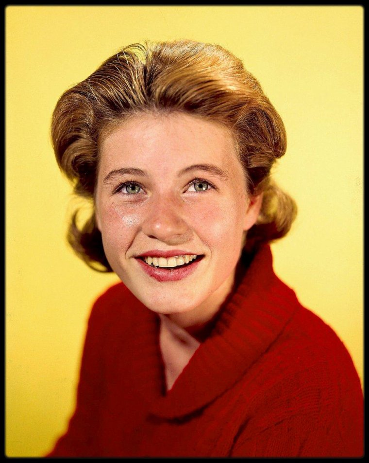"(1963) Portraits de Patty DUKE lors du ""Patty DUKE show"""