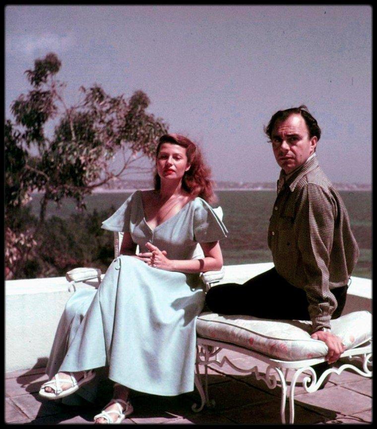 Rita HAYWORTH épouse le Prince Ali KHAN le 27 mai 1949 à Vallauris (Alpes-Maritimes).