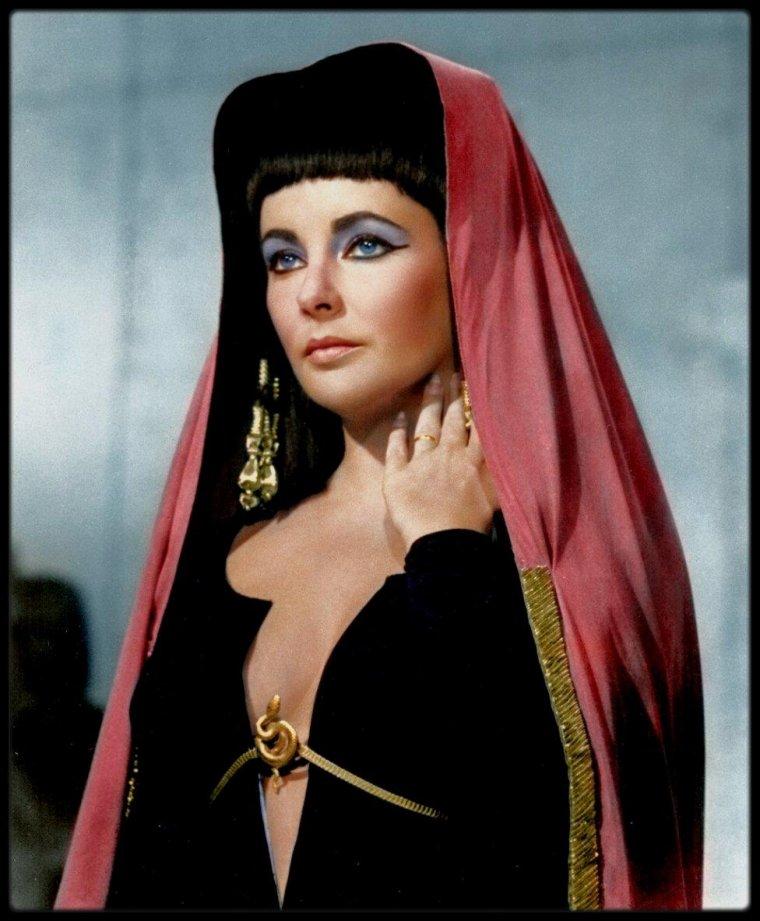 """(1963) Rare Elizabeth TAYLOR dans """"Cléopâtre""""."""