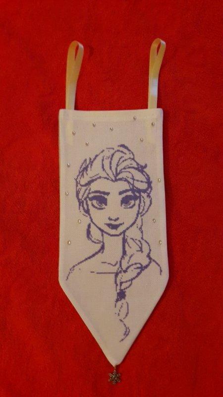 Elsa. J espere qu elle plaira au marcher de noël