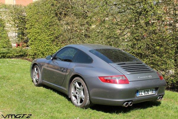 Porsche 911 (Type 997 MKI) Carrera 4S
