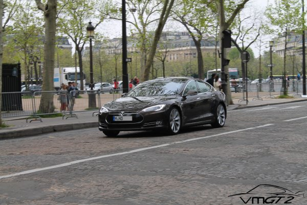 Exclusivité : Tesla Motors Model S