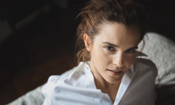 Un nouveau shoot de Jennifer :) + Stills de colonia, EMma est trop belle + nouvelle affiche de la 5 eme vague !