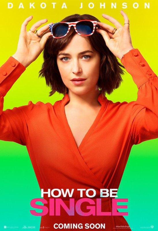 Emma et sa nouvelle coupe, lovely + 2 sorties de la belle Chloé + Dakota a un concours et nouveau poster de son nouveau film :)