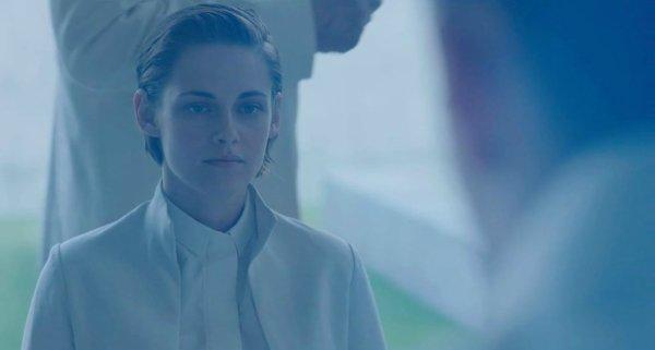 Nouveaux Stills de Kristen + Jennifer sublime sur un shoot et un tapis rouge + NOuveau shoot de Dakota, radieuse :)