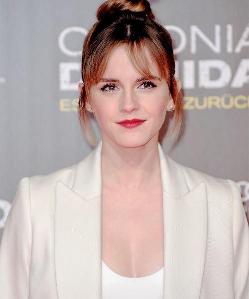 Première affiche d'equals(film de kristen) + Emma a la premiere de colonia, sublime + Jennifer au pre oscars + Nina invité a un diner.