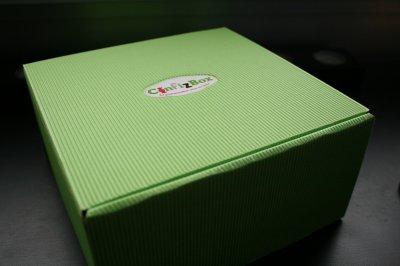 3480°/ ConfiBox > Janvier 2012 : Un arc en ciel de couleurs acidulées