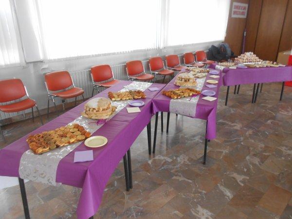 Apéro dînatoire... Réductions salées + toasts + mignardises + mini verrines sucrées