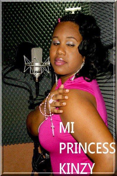 Princess Kinzy au studio Miguel prod mada972
