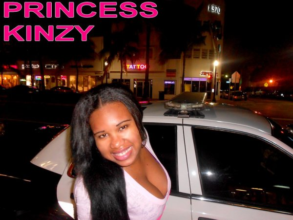 PRINCESS KINZY A MIAMI