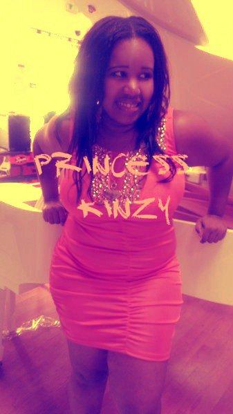 "La pianiste Pink ""princess kinzy """
