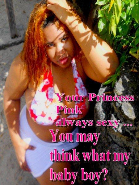 Votre fleure princess kinzy a la plage