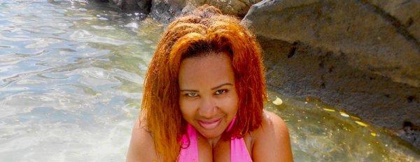 ★ ★ ★   Princess Kinzy -  les cheveux doré a la plage  ★ ★ ★