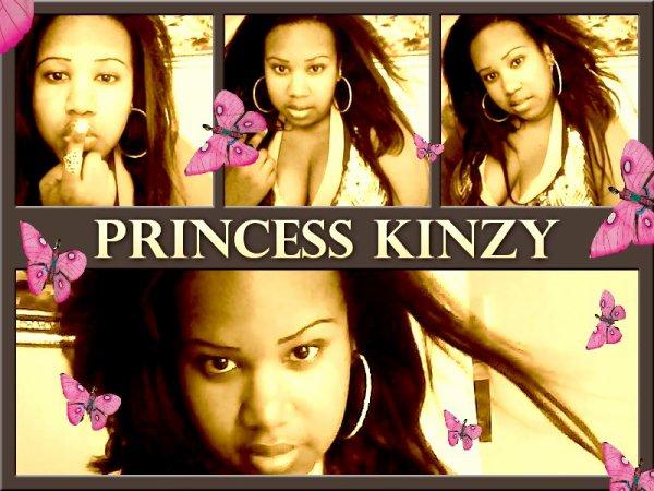 AFFICHE PUB PRINCESS KINZY