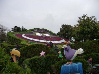 Le labyrinthe d'alice au pays des merveilles ( Disneyland paris )