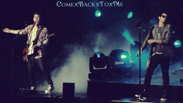 ComexBackxToxMe ~ ComexBackxToxMe ~   Quarantième Chapitre : Maybe he's just jealous...   Song ♪ ComexBackxToxMe