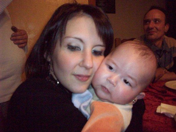Maëlys et sa maman