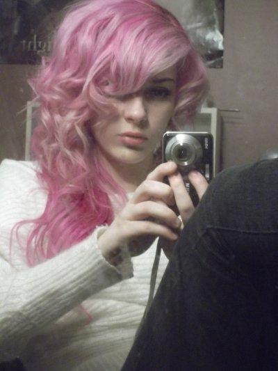 Mhmm mes cheveu frisés .........