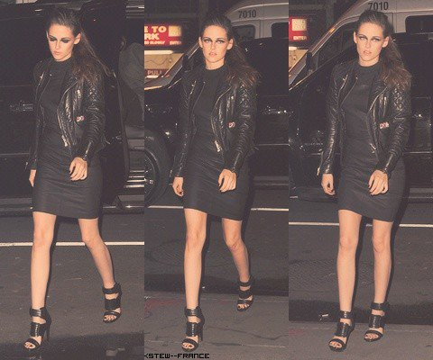 .  8.11.12 Kristen a la projection d'On The Road a New York .