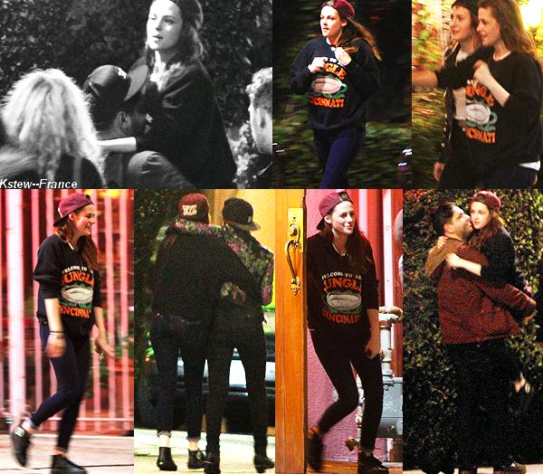 . 22.02.13 Kristen a été vue avec ses amies Scout, CJ, Marcus, Suzie... à Los Feliz
