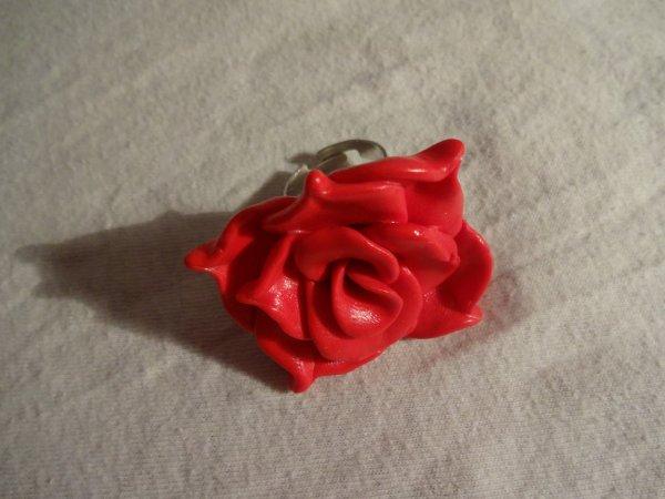 4ème objet : bague rose