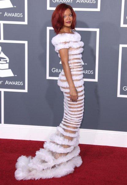 Rihanna : Illumine les Grammy Awards