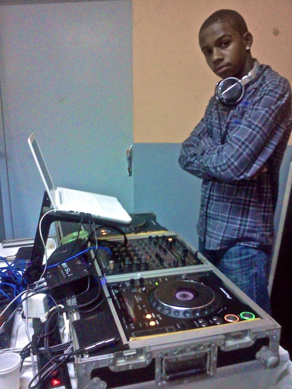 DEEJAY TIAM'S-RECORDING® LABEL™