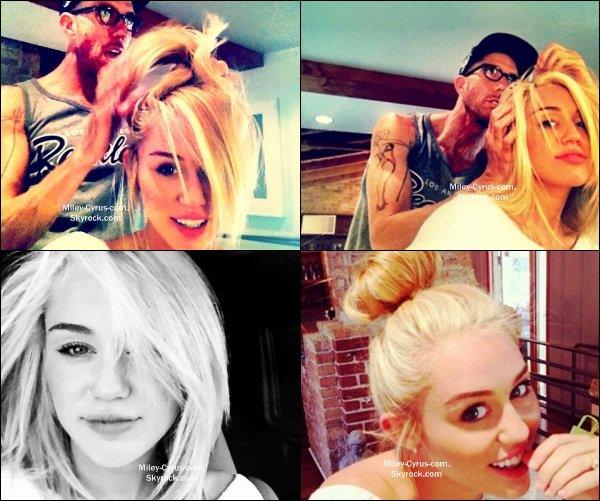 4 Août 2012 : Miley s'est fait une nouvelle couleur : BLONDE !