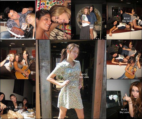 Plusieures photos de Miley sont apparues.