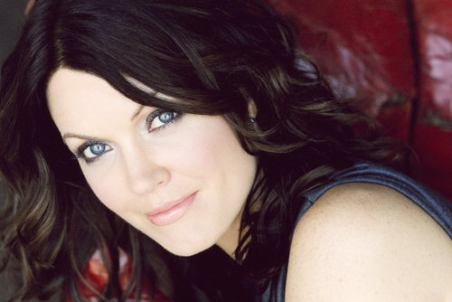 Esprits Criminels : Biographie de Bellamy Young