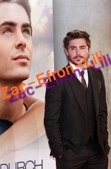 "Exclu ! Zac Efron : ""Ma barbe ? C'est pour rendre Internet fou !"""