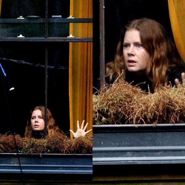 15 Octobre 2018    Amy sur le tournage du film 'The Woman in the Window' (prévue pour 2019)