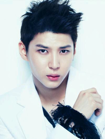 Jeong Taek Wun (Leo)