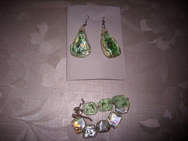 bracelet reversible vert et argent boucles assorties