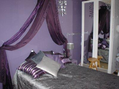 Une Chambre Dans Les Tons Violet Et Gris - D&Co