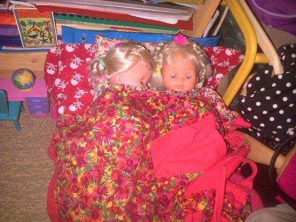Cathie et Ella s'amusent !