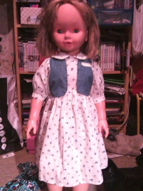 La robe d'orgine de Lilly.