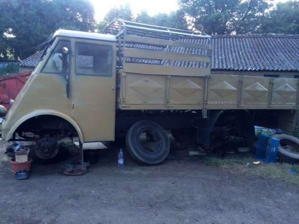 camion renault ahn 2