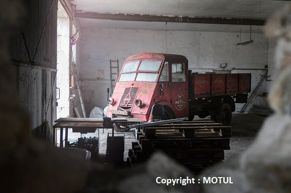 Discovering A Piece of History camion renault ahs 3