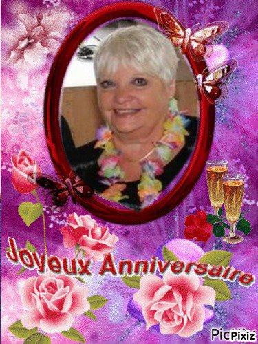 SUITE CADEAUX D'ANNIVERSAIRE RECUS DE MES AMI(E)S