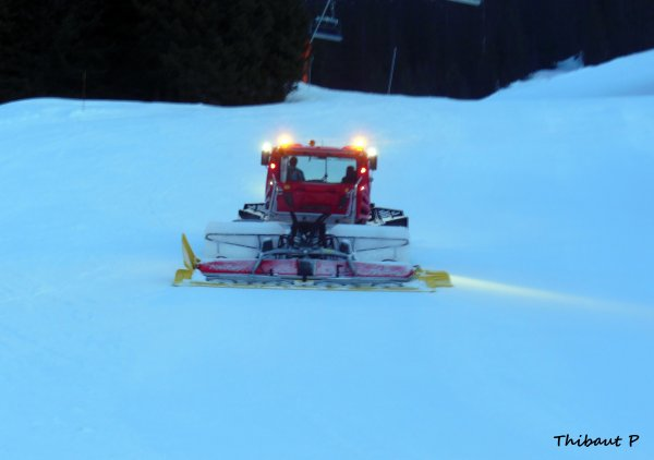Damage PistenBully 600 Flaine