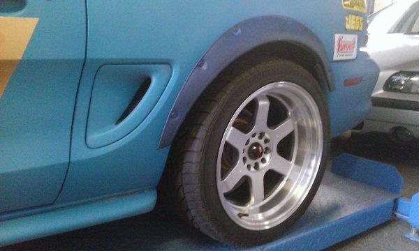 Rabaissement de la Mustang SN 95
