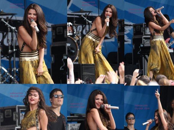 Selena gomez'Performence